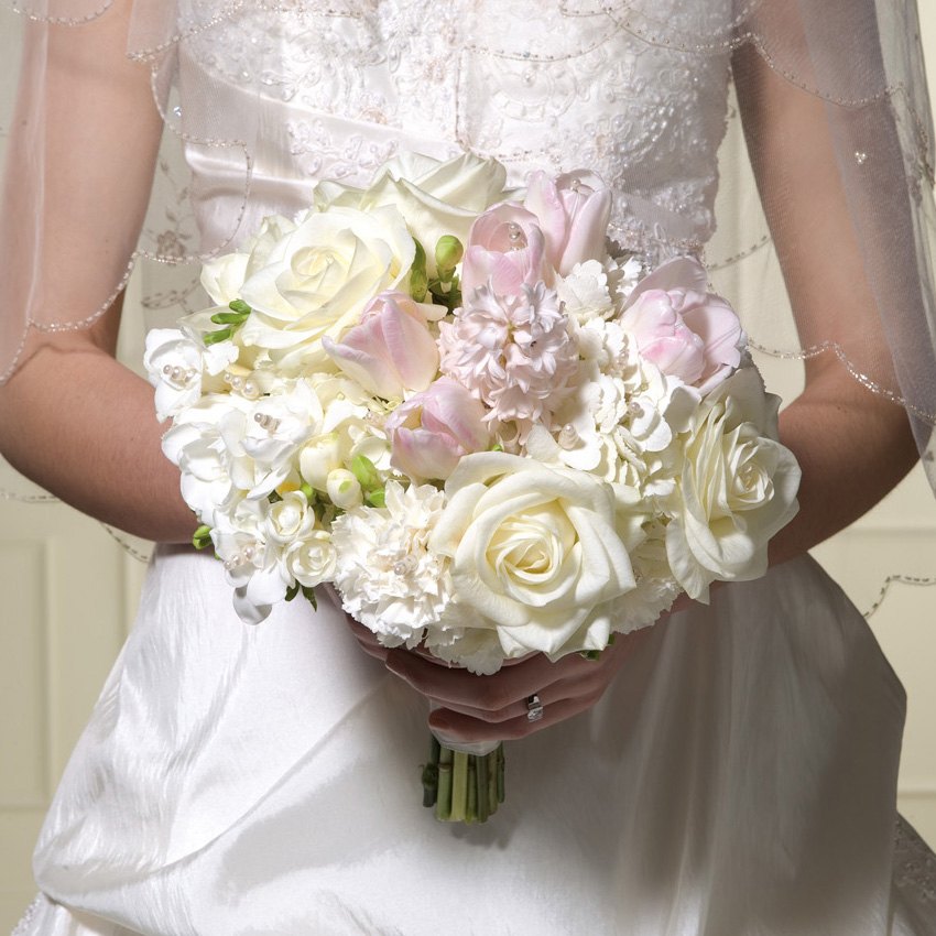 Image of 11543 Classic Brilliant Bouquet Wedding Package