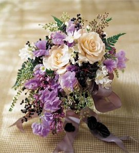 Image of 10013 Roses & Ivy Bouquet