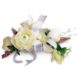 Image of 10018 Enchanting Beauty Corsage