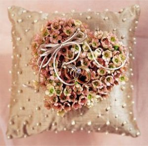 Image of 10025 Pastel Heart Ring Pillow