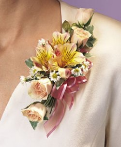 Image of 10681 Rose Corsage