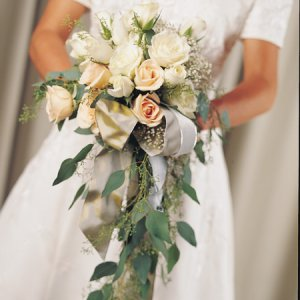 Image of 10255 Bridal Bouquet