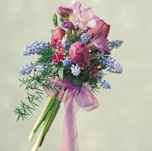 Image of 10261 Bridal Bouquet