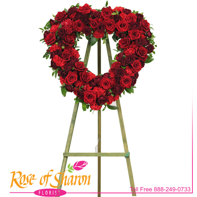 2707 Ruby Rose Heart Spray Image One