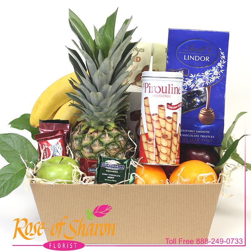 2904 Fruit & Snack Hamper product image