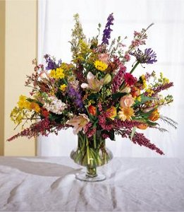 Image of 10076 Grand Day Arrangement