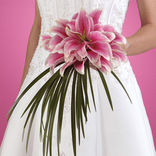 Image of 11533 Exquisite Oriental Lily Wedding Package
