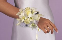 Image of 10703 Rose Wrist Corsage