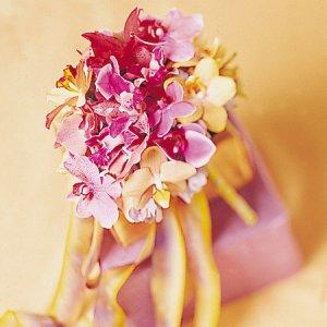 Image of 10218 Bridal Bouquet